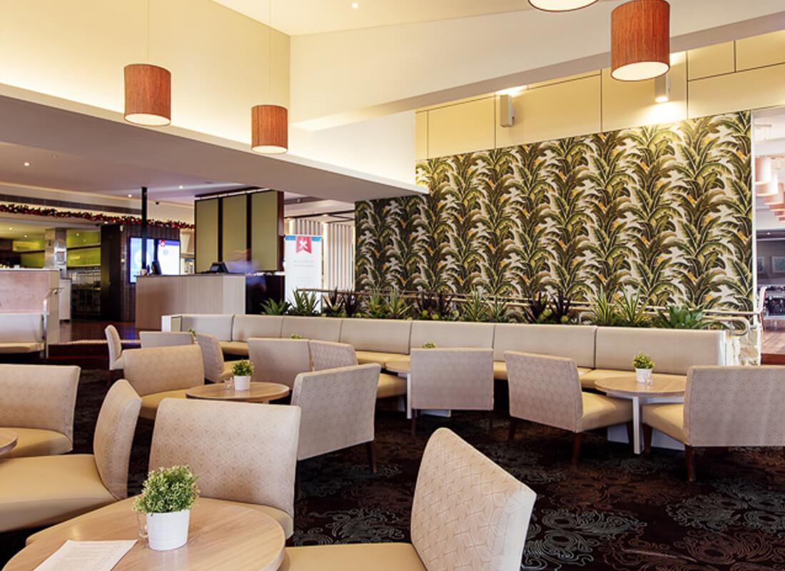 Belrose Hotel