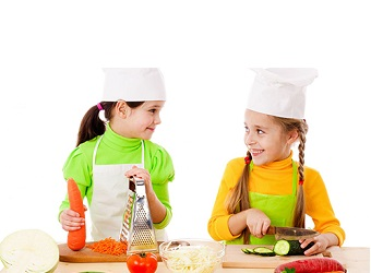 kids cooking 1 Advantages of Having Your Child Enroll in a Cooking School