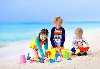 children playing 2 The Benefits of Play for Child Development