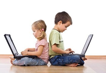 gadget addiction 2 Tips in Keeping Your Child Away from Gadget Addiction